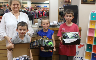 197 Children in Kentucky Have New Shoes through our Barefeet Program!